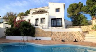 Grote villa met zeezicht in Pinar de L'Advocat